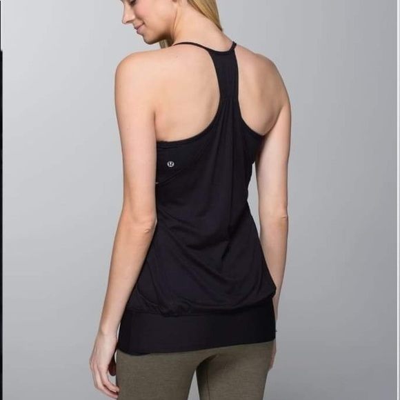 Lululemon no limits tank in All black size 4
